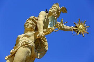 Standbeelden marktplein fontein Mannheim van Patrick Lohmüller