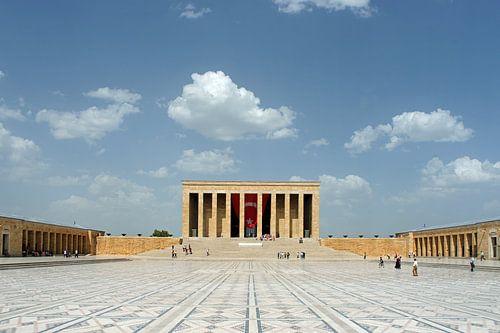 Mausoleum (Anitkabir) van Mustafa Kemal Atatürk. van Gert van Santen