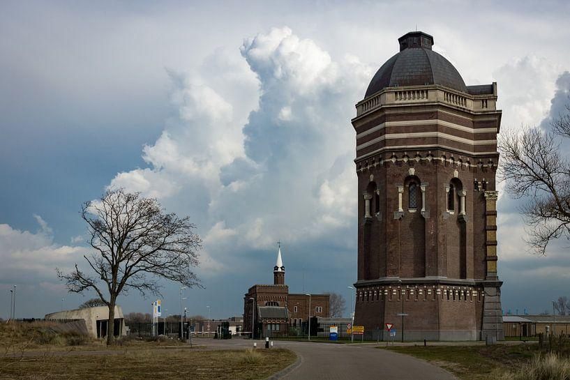 Watertoren in Scheveningen van Michel van Kooten