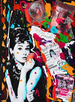 Audrey Hepburn iPhone Rot von Kathleen Artist Fine Art