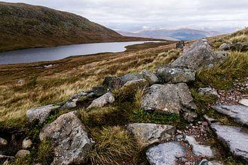 Landschapsfoto van Loch Meall an t-Suidhe bij Ben Nevis, Schotland van Paul van Putten