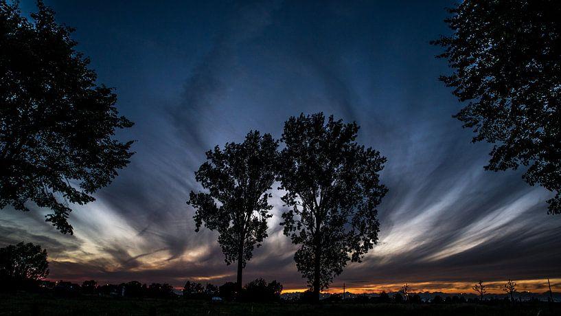 Zonsondergang te Schendelbeke van Ronald De Neve