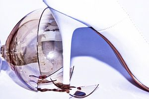 the trampled wine glass (1)