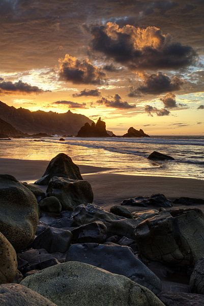 Benijo beach van Sander Knopper