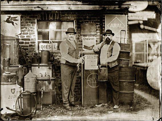 Tankstelle van Tom Oosthout