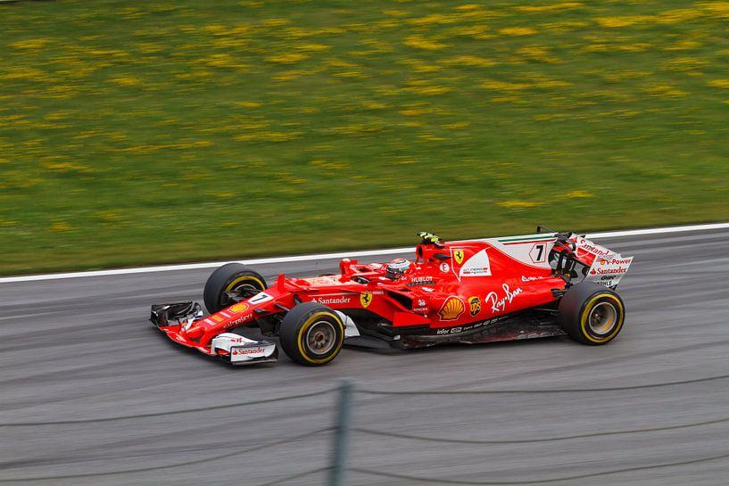 Kimi Räikkönen in actie tijdens de Grand-Prix van Oostenrijk 2017 van Justin Suijk