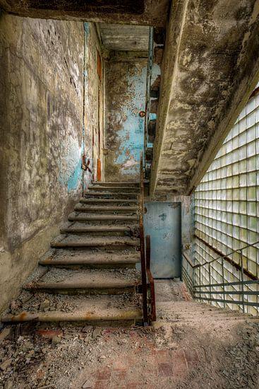 Stairway van Henny Reumerman