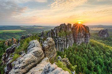 Schrammstein view in Saxon Switzerland van Michael Valjak
