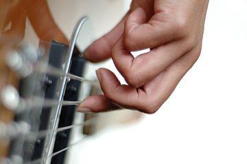 Bass spielen van