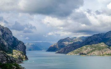 Wolken boven het Lysefjord van