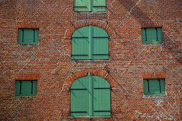 Altes Lagerhaus im Hafen von Gerwin Schadl