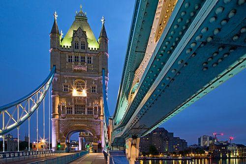 Detail tui van Tower Bridge te Londen van