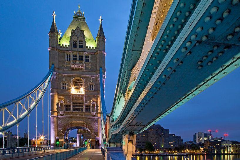 Detail tui van Tower Bridge te Londen van Anton de Zeeuw