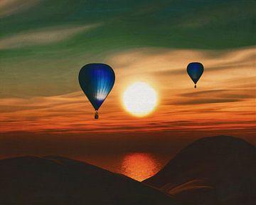 Heteluchtballonnen varen over de zee zonsondergang