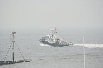 Loodsboot 3 van Janjaap Van Dijk