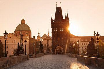 Karlsbrücke bei Sonnenaufgang, Prag von Markus Lange
