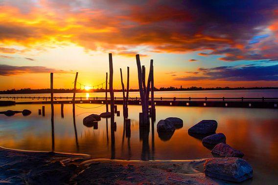 Zonsondergang bij de Loosdrechtse plassen