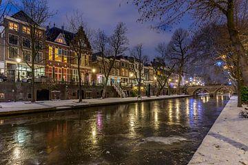 Bevroren Oudegracht in Utrecht. van André Russcher