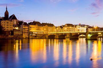 Basel in der Schweiz am Abend von Werner Dieterich