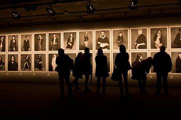 Expositie Black Jacket, Karl Lagerfeld Berlin van Tim Onwezen