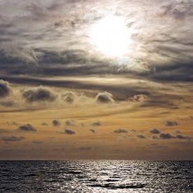 Zonsondergang Noordzee IV van Miranda van Hulst