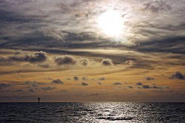 Sonnenuntergang Nordsee IV von Miranda van Hulst