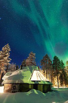Noorderlicht boven Fins Lapland van Luc Buthker