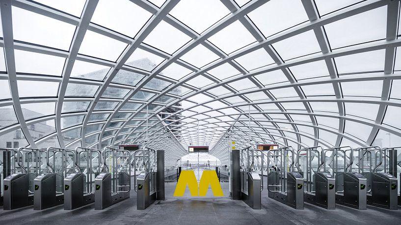 Metrostation in Den Haag van Kayo de Visser