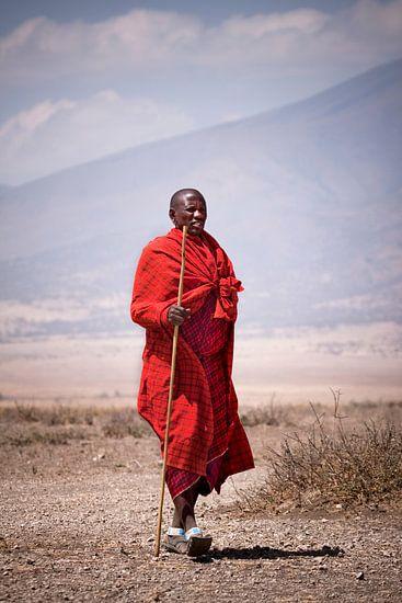 Masaï in de Serengeti van Paul Jespers