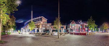 Nuit noire profonde - Place du marché à Emmen de nuit sur Günter Albers