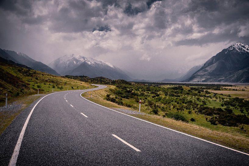 Road to Aoraki von Thom Brouwer