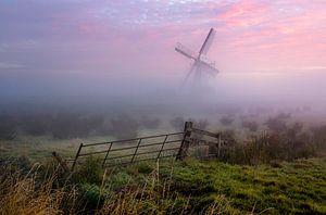 Nederlandse Molen in de mist