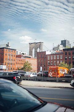 Brooklyn Bridge in der Ferne von Bas de Glopper