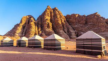 Beduinenzelte in Wadi Rum, Jordanien von Jessica Lokker