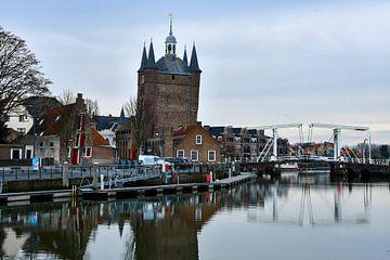 De oude binnenstad met ophaalbrug van bart hartman