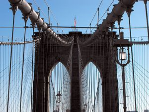 'Brooklyn Bridge - samengehouden door staal' van