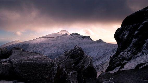Zonsondergang op Slieve Binnian