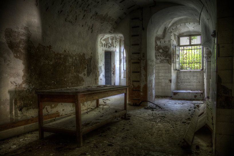 lost table von Richard Driessen