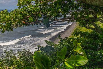 Kiesstrand bei Sainte Suzanne auf der Insel Reunion von Reiner Conrad