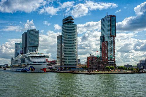 Rotterdam, Cruisterminal en Cruiseschip