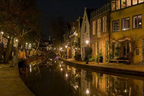 Oude gracht in Utrecht van