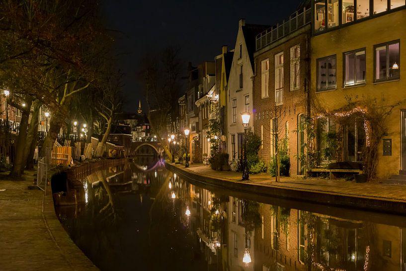 Oude gracht in Utrecht van Karin Riethoven