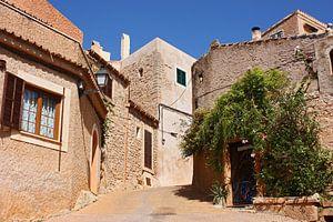 [mallorquin] ... lovely village - II