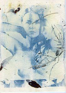 Cyanotypie Lisanne I auf Büttenpapier von Tom Oosthout