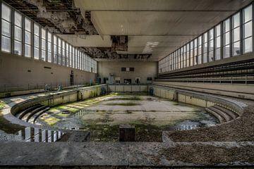 Verlassenes Schwimmbad von Vivian Teuns