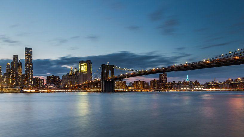 Skyline New York Brooklyn Bridge van Bert Nijholt