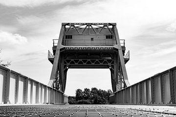 Pegasus-Brücke, Benouville, Calvados, Frankreich von Robbert De Reus