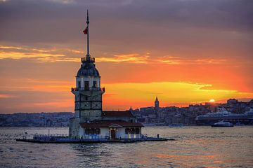 Kiz Kulesi bij zonsondergang van Stephan Neven