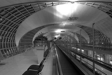 Airport in zwart/wit von Karen Klein