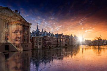 Projectie Zelfportret van Rembrandt van Rijn, op buitenzijde van het Mauritshuis sur gaps photography